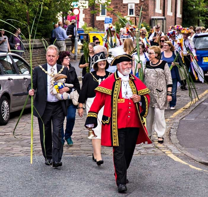 Lymm-Rushbearing-Procession1